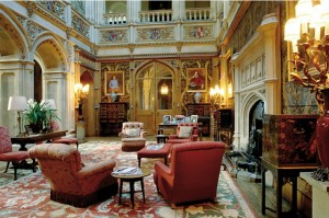 downton saloon 300x199 The Five Most Interesting Homes on TV.