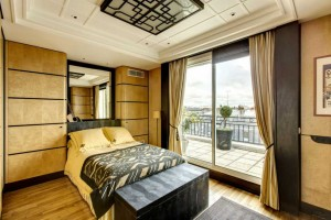 Paris master suite