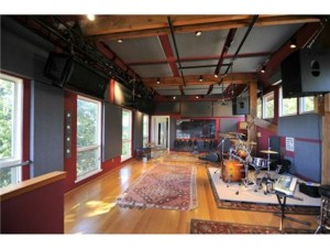 Chart Topping Music Rooms for the VMAs