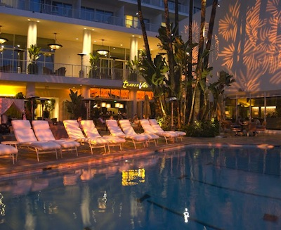 pool at the beverly hilton The Home for the Golden Globe Awards   Beautiful Beverly Hills California 90210