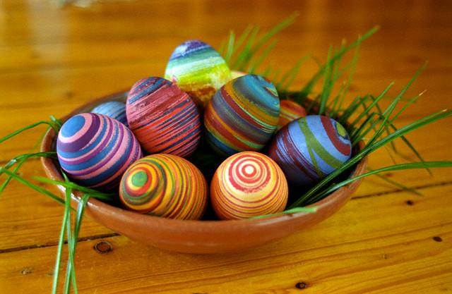 Rubber Band Rainbow Eggs