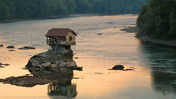 serbian-river-home