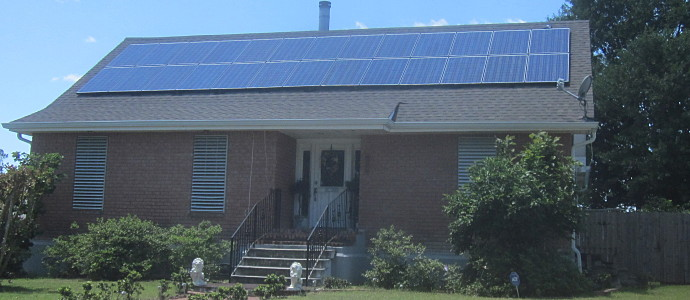 Terrytown_Solar_Panel_Roof_House.JPG