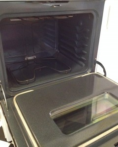 My oven after cleaning with eco-friendly solution