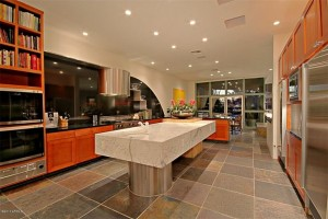 kitchen 5 300x200 The Most Beautiful Kitchens Suited for Holiday Entertaining