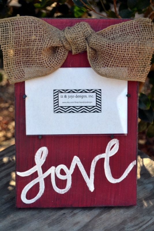 pictureframe 14 Lovely Valentines Day Decorating Ideas