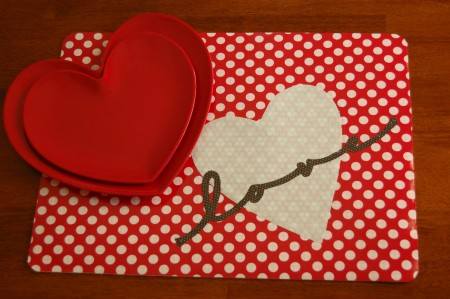 placemat e1390939324358 14 Lovely Valentines Day Decorating Ideas