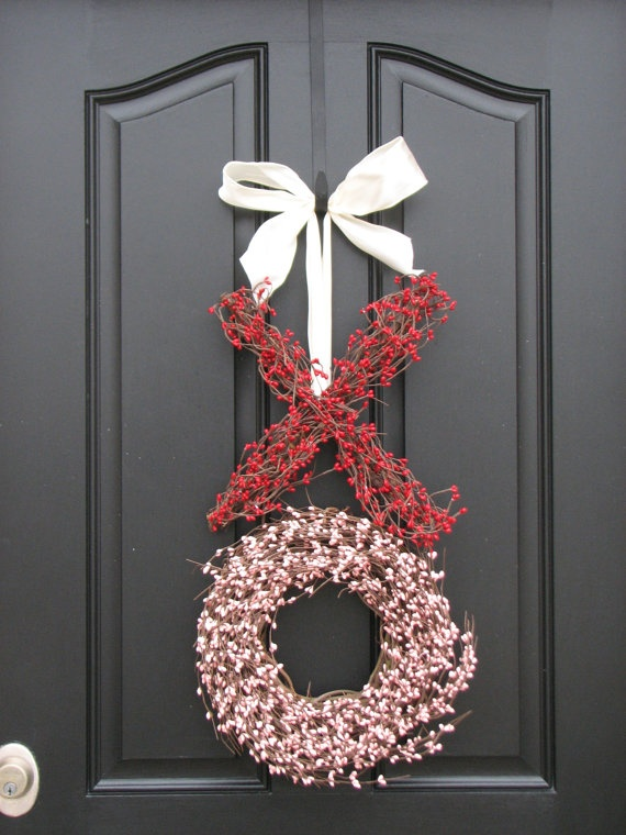 wreathes 14 Lovely Valentines Day Decorating Ideas