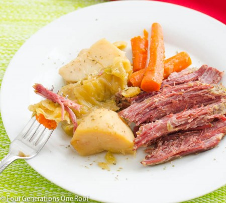 corn beef and cabbage 7 e1395065607313 4 Last Minute Simple St Patricks Day Dinner Ideas