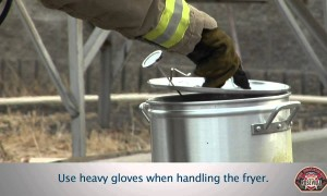 How to Deep Fry Your Thanksgiving Turkey Safely