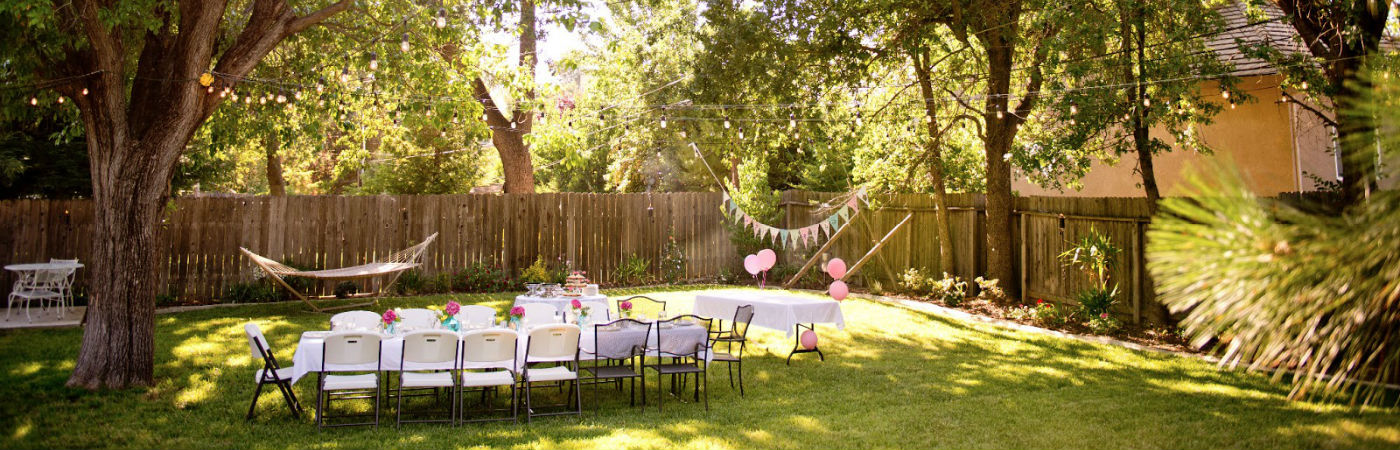 10 unique backyard party ideas coldwell banker blue matter for Backyard party decoration ideas for adults