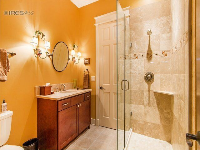 Bright Bathroom 1
