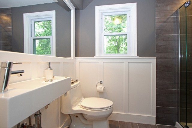 Tips and tricks to make you fall in love with your small for Wainscoting bathroom ideas