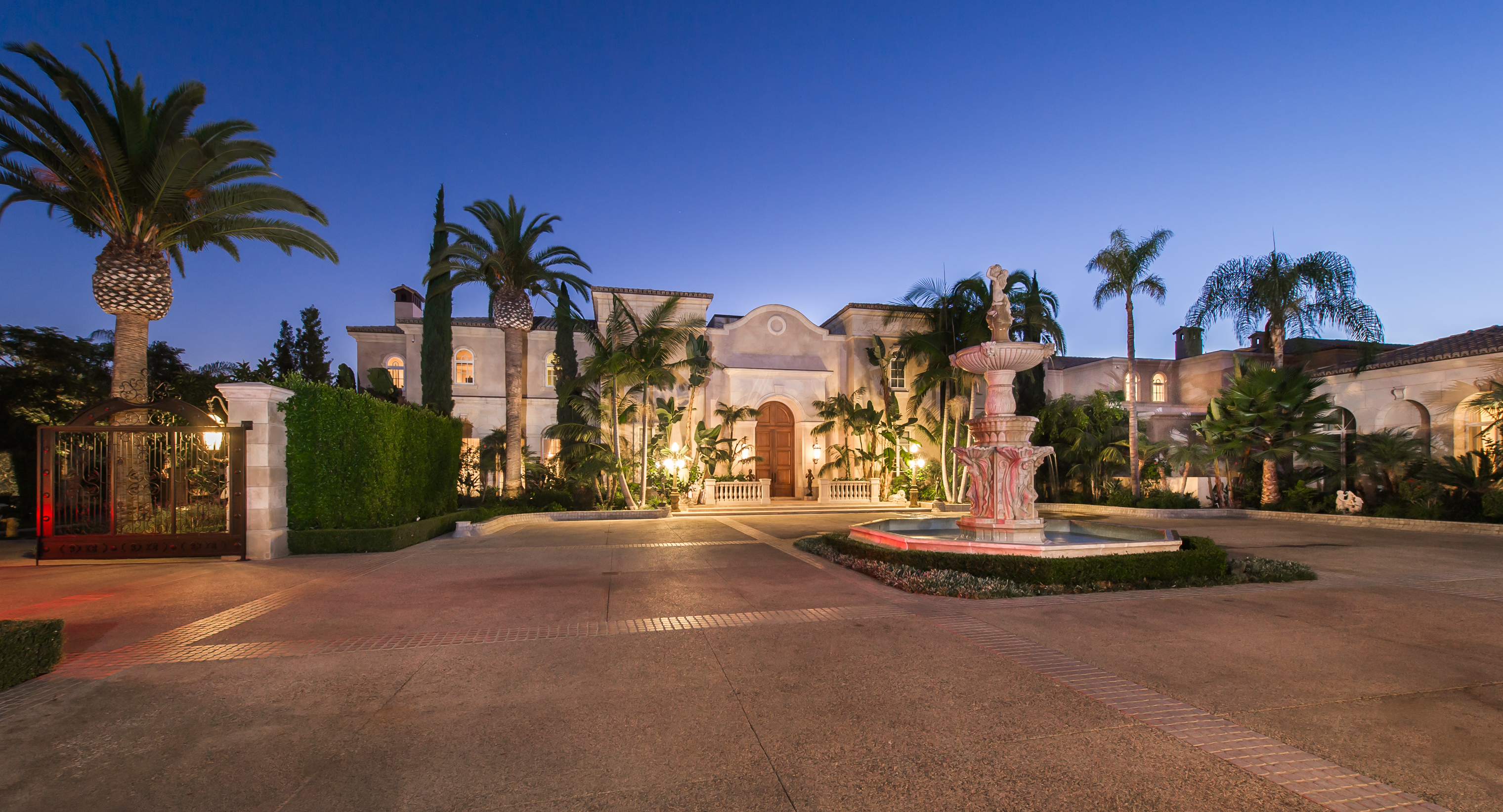 The most expensive home for sale in the united states for Most expensive house in us