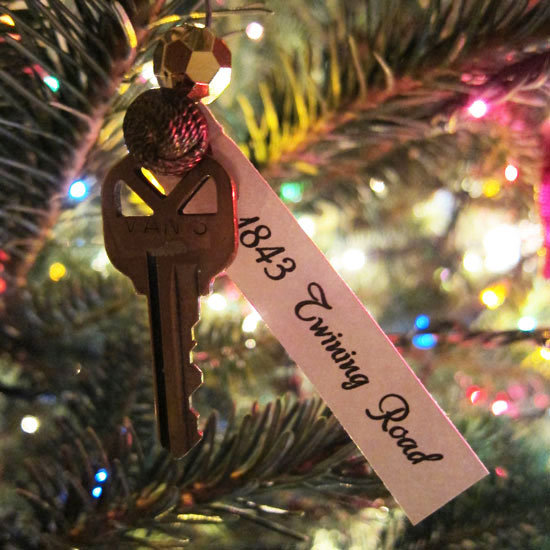 A Sentimental Christmas Gift For Someone Who Just Moved - A Sentimental Christmas Gift For Someone Who Just Moved - Coldwell