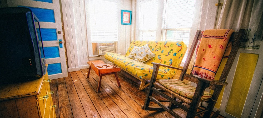 7 ways to use texas decor in your home dallas fort worth for Lone star home decor