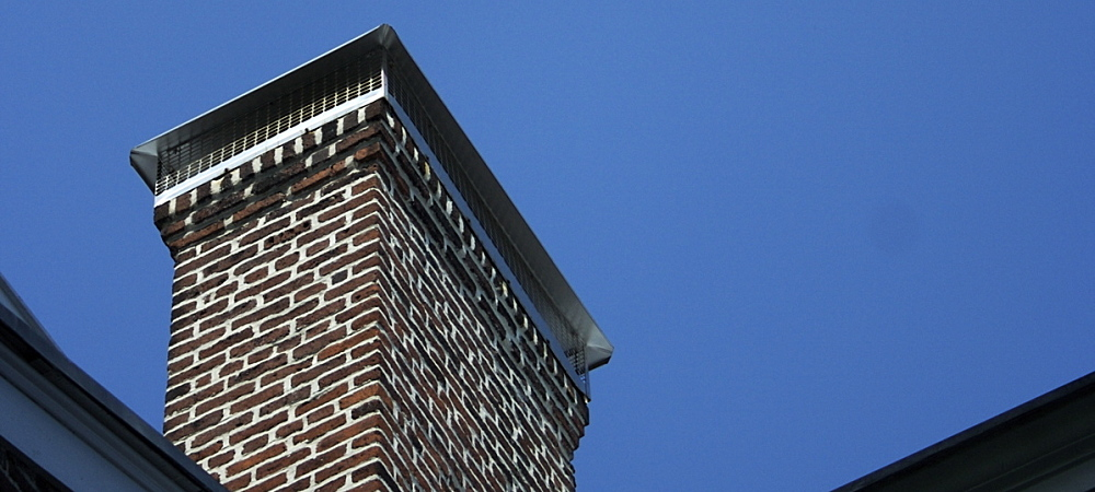 Clean Nyc Fireplaces Hire A Chimney Sweep Or Go Diy