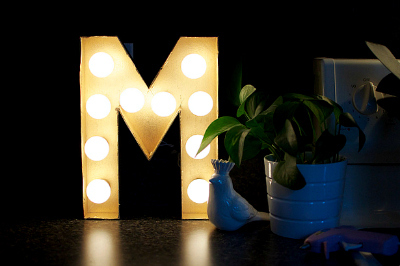 Decorative Lights: DIY Marquee