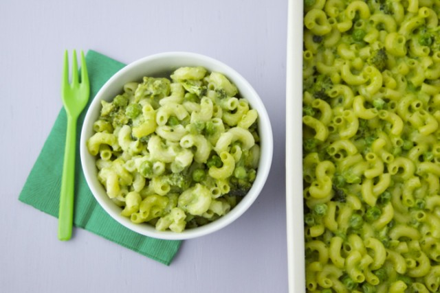 St Patricks Day Dinner Green Mac and Cheese