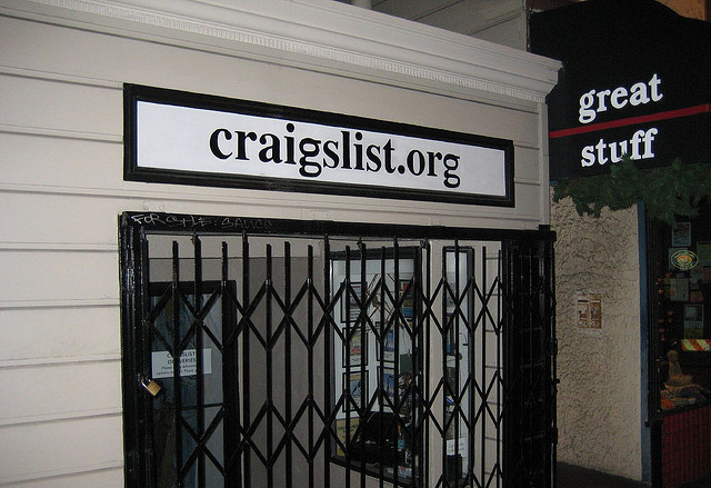 craigslist storefront and sign