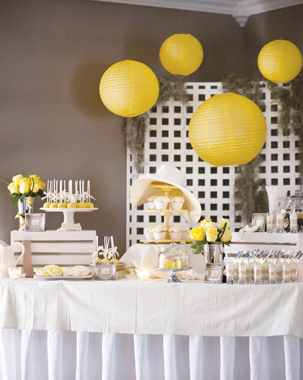 derby-party-fundraiser-yellow-dessert-table