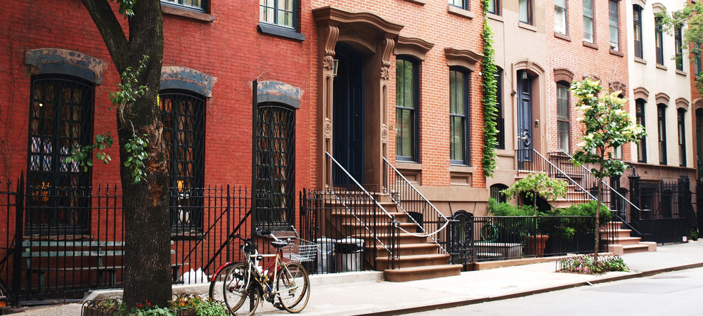 condo or townhouse what 39 s the difference new york city coldwell banker blue matter. Black Bedroom Furniture Sets. Home Design Ideas