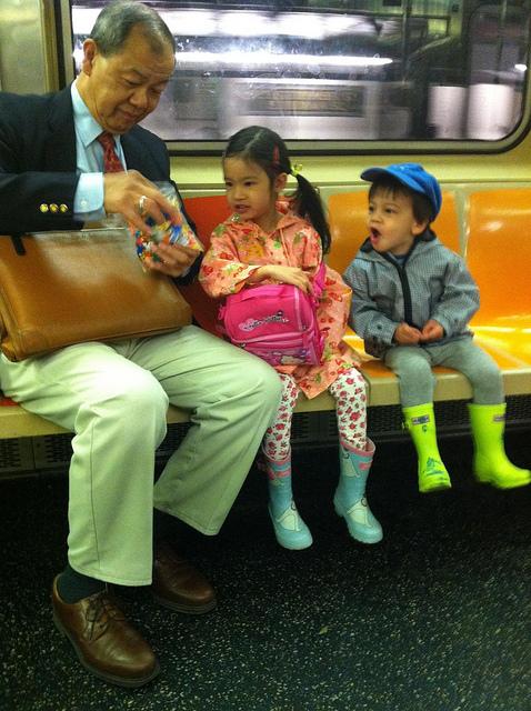 kids subway nyc parent