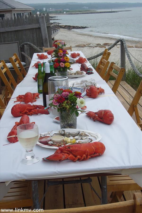 Summer waterside feast