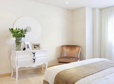 Cozy Bedroom Chair