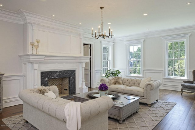 This Greenwich, CT property is listed by Katherine Donnelly with Coldwell Banker Residential Brokerage.