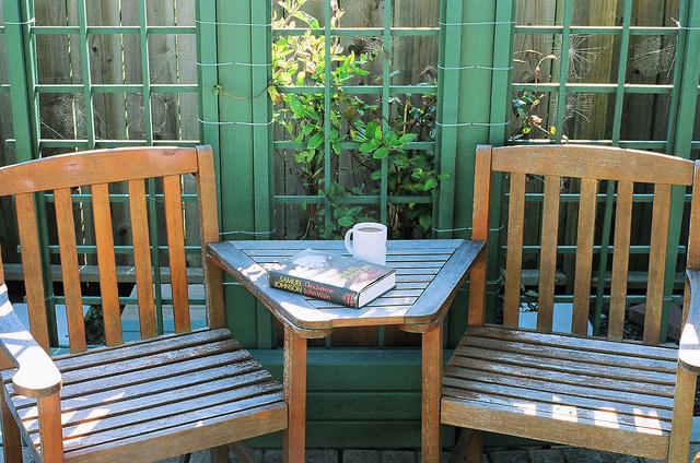 Wooden Deck Furniture - Flickr/Michael Fraley