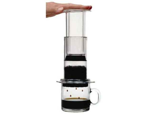 Aeropress Coffee Maker Movie : Holiday Home Gift Guide for the Techie