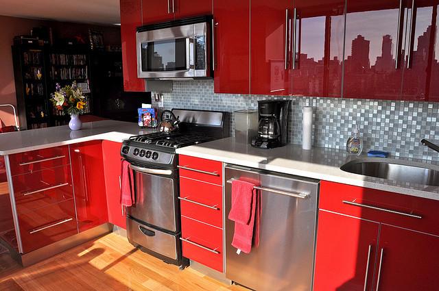red, beautiful kitchen