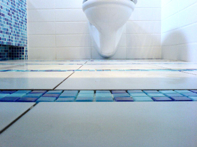 Bathroom Cleaning Tips and Tricks: Finish with the Floors
