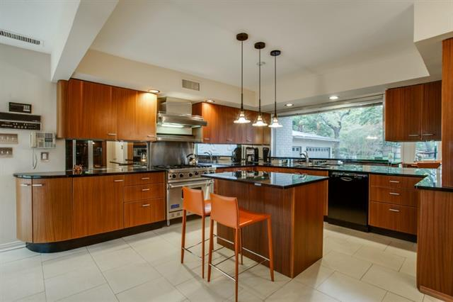 Midcentury Modern Kitchen In Dallas