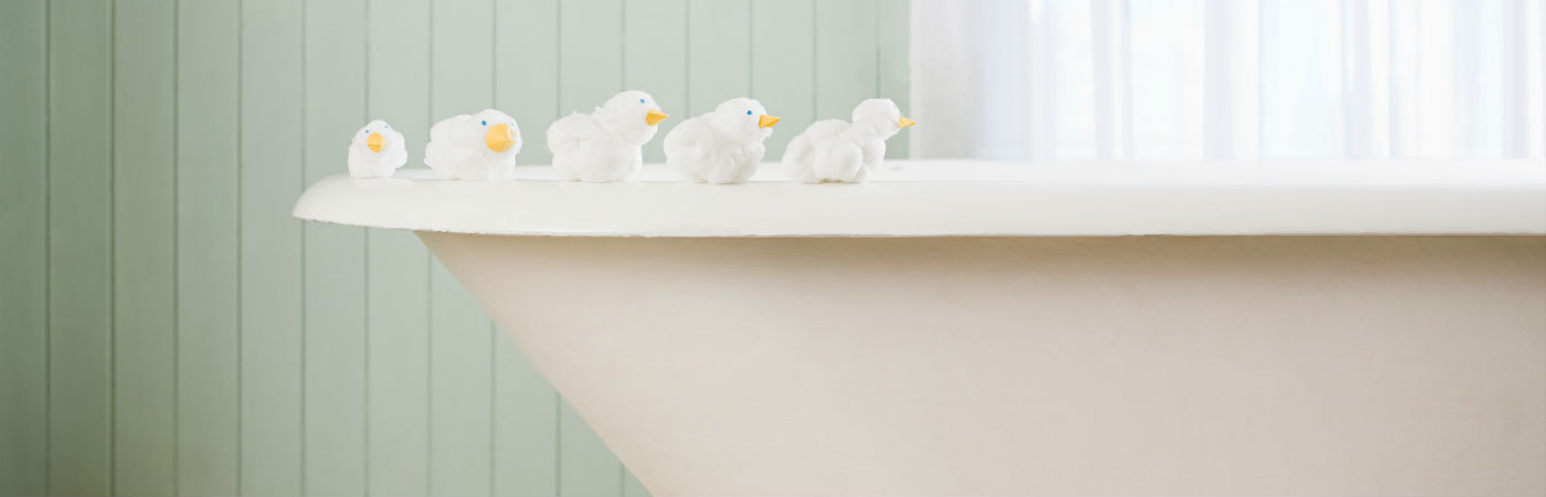 Bust Out The Bubbles 7 Breathtaking Bathtubs Coldwell