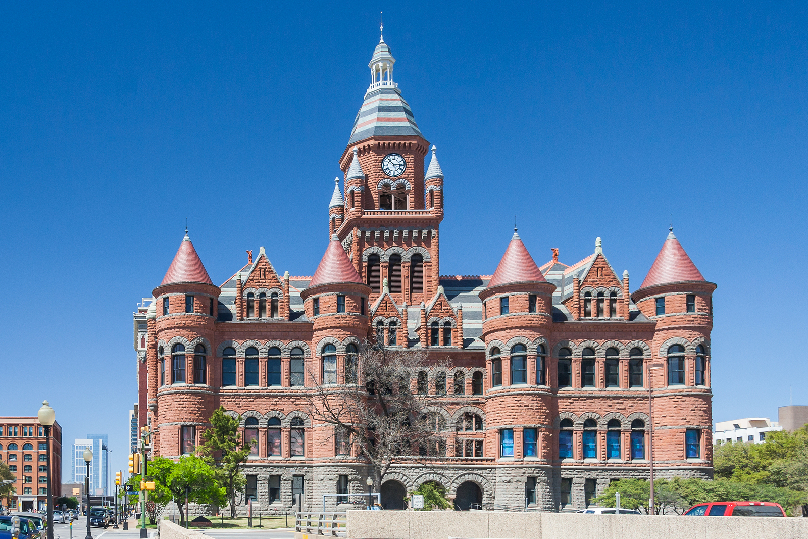 Kid Friendly Activities in Dallas: the Old Red Museum