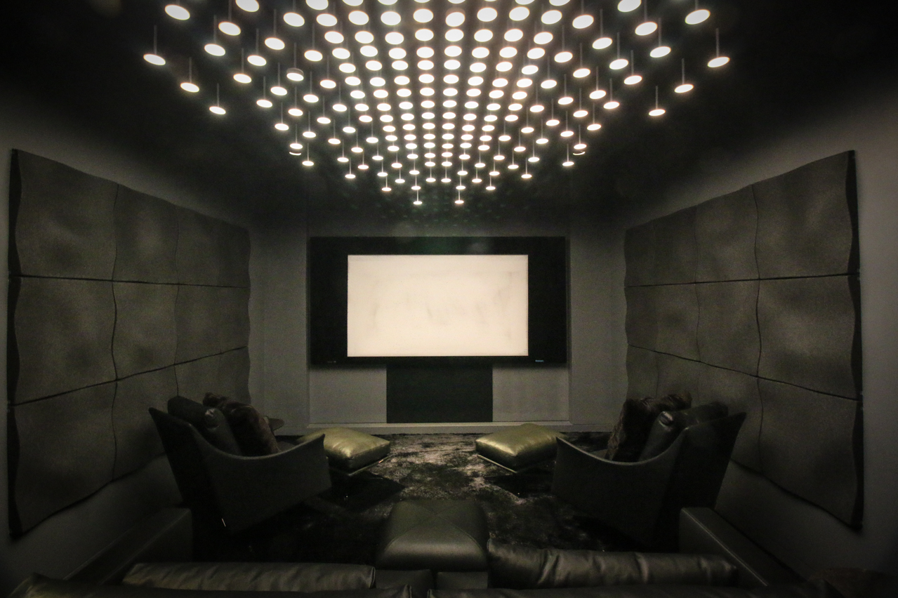 Custom home theater with I-Rain OLED lighting system