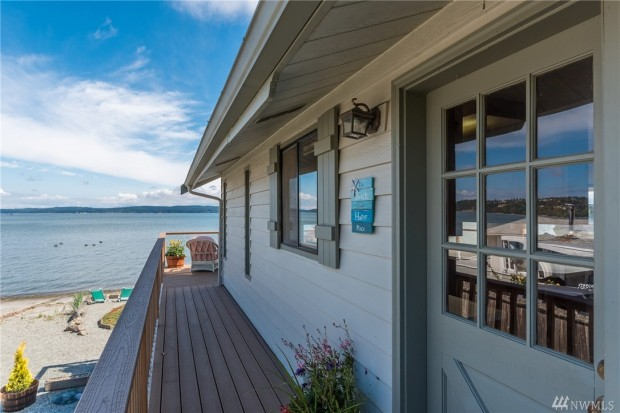 869 Shorecrest Dr, Oak Harbor, WA listed at $485,000 by Hal Hovey with Coldwell Banker Koetje Real Estate