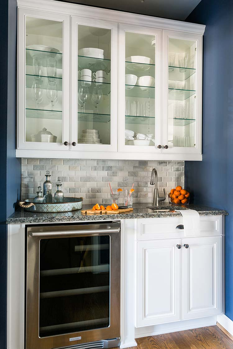 The Trick to Organizing a Kitchen with Glass Front ...