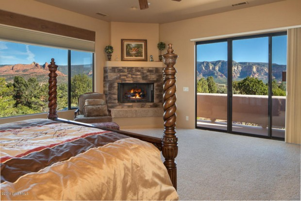 218 Calle Diamante, Sedona, AZ / $1,399,000 / Listed by Gina Tartamella with Coldwell Banker Residential Brokerage