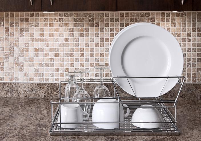 Dish rack on kitchen countertop
