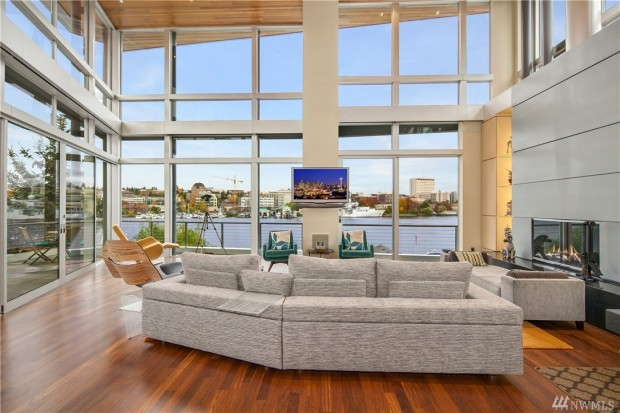 Surprising People In Glass Houses Have Really Great Views Coldwell Banker Inspirational Interior Design Netriciaus
