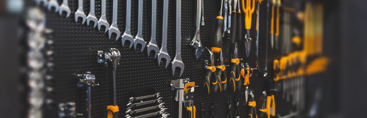 Top Tips for Keeping Your Garage Neat and Organized