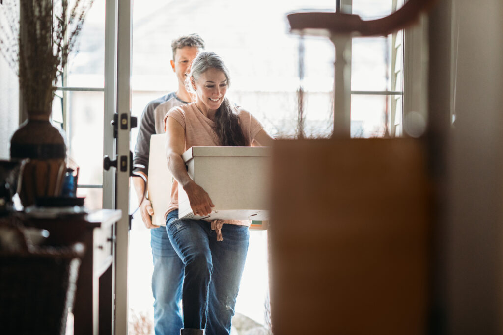 Moved In and Cash Strapped? 6 Tips to Cut Expenses